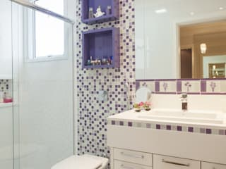 Modern bathroom by Nilza Alves e Rita Diniz Modern