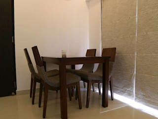 Thane Apartment. The design house Modern dining room