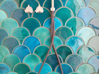 """Ceramiczne kafle """"Rybia Łuska"""": styl , w kategorii Łazienka zaprojektowany przez Inżynieria Designu Ceramika"""
