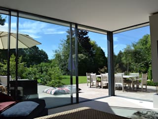 Wiltshire Garden Room IQ Glass UK Modern windows & doors