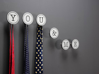 Recámaras de estilo  por Creativando Srl - vendita on line oggetti design e complementi d'arredo,
