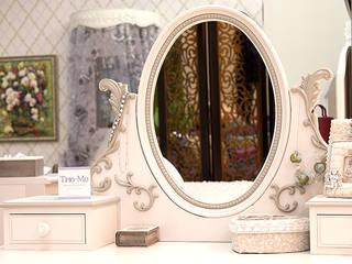 Магазин красивой мебели ТРЮ-МО в Москве Офисы и магазины в стиле кантри от Магазин красивой мебели ТРЮ-МО Кантри