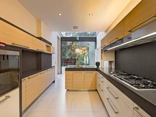 Casa JRQZ Cocinas modernas de Lopez Duplan Arquitectos Moderno
