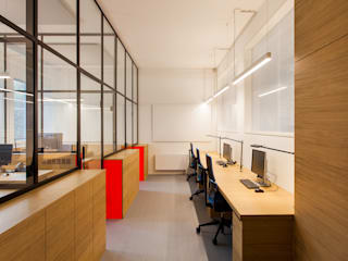IONDESIGN GmbH Office buildings Engineered Wood Red