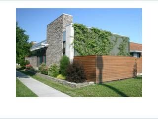 Proyectos: Casas de estilo  por Miguel Hernandez Strada