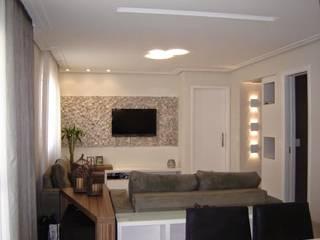 Projeto: Salas de estar  por ANDREA DEL MONACO arquitetura e interiores,