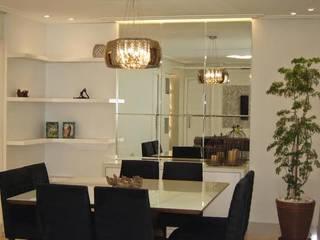 Projeto: Salas de jantar  por ANDREA DEL MONACO arquitetura e interiores,