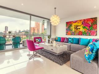 غرفة المعيشة تنفيذ Cristina Cortés Diseño y Decoración