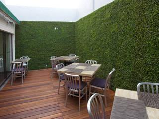 Modern balcony, veranda & terrace by ARCO Arquitectura Contemporánea Modern