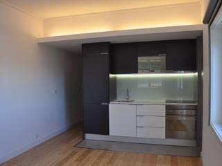 Remodelação apartamento Travessa da Conceição à Glória n.º 7 Salas de estar modernas por Pedro Ferro Alpalhão Arquitecto Moderno