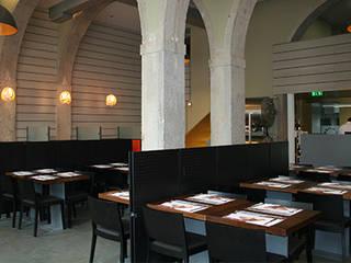 Restaurante Marco . Largo de Santos . lisboa Espaços de restauração modernos por Pedro Ferro Alpalhão Arquitecto Moderno