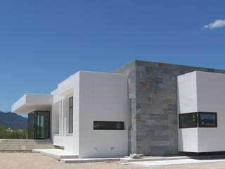 Casas de estilo minimalista de DYOV STUDIO Arquitectura, Concepto Passivhaus Mediterraneo 653 77 38 06 Minimalista
