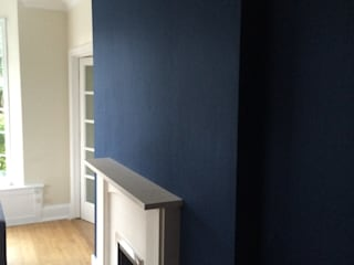 Wallpapering by Adrian Lesicki Decorating