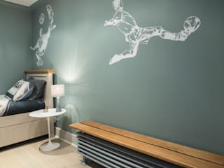 modern Nursery/kid's room by Adrian Lesicki Decorating