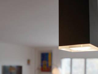 Cocinas modernas: Ideas, imágenes y decoración de Grazia Architecture Moderno