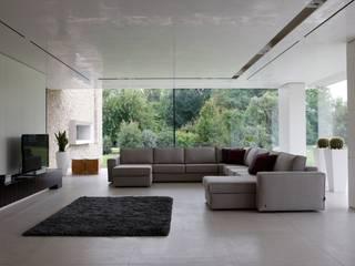 Realizzazioni Livings modernos: Ideas, imágenes y decoración de MD WORK SRL Moderno