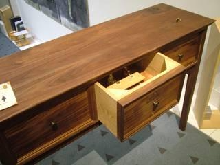 引き出しの中の王様 ーKings in the drawersー: 845 (hashigo)が手掛けた素朴なです。,ラスティック