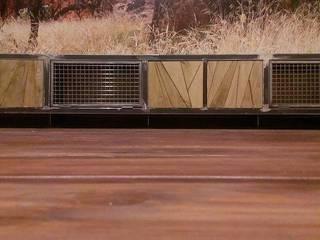 Meuble TV design acier/ Acier inox/ bois d'Art & de Fer:  de style  par d'Art&deFer