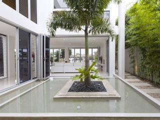 Couloir et hall d'entrée de style  par Letícia Passarini - Arquitetura & Interiores, Moderne