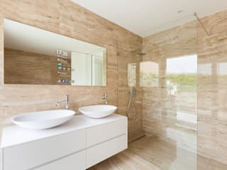 Badezimmer von Glassinnovation - Glass'IN, Modern
