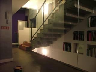 Corridor & hallway by ABBArquitectos