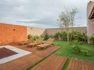 Biloba Arquitetura e Paisagismo Piscina in stile rurale