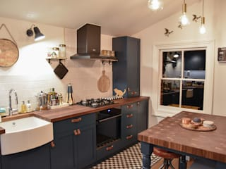 The Brixton Kitchen Modern kitchen by NAKED Kitchens Modern
