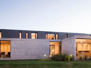 Modern Houses by ACArqs Modern