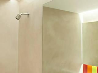 Feller Herc Arquitectura Baños de estilo moderno