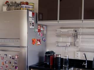 Apartamento Mogi: Cozinhas  por NAP arquitetura