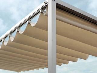 Pergoflex: Balcones y terrazas de estilo  por Diseños & Parasoles Tropicales