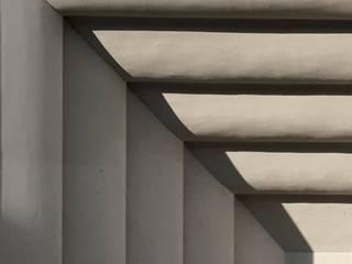Fotografía arquitectónica:  de estilo  por Elías Toro