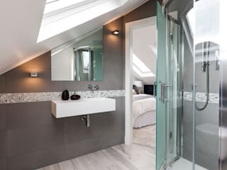Fulham Penthouse Modern style bathrooms by Yohan May Design Modern