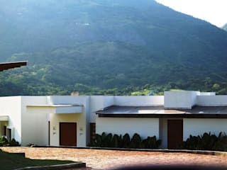 Houses by Terra Arquitectura