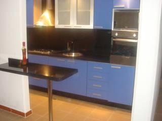 Modern kitchen by Exdema Antares C.A Modern