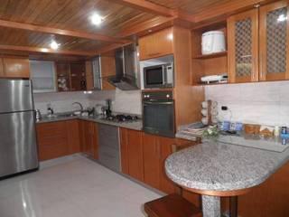 Cocinas Cocinas de estilo moderno de Exdema Antares C.A Moderno