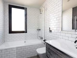 Salle de bain industrielle par Cuarto Interior Industriel