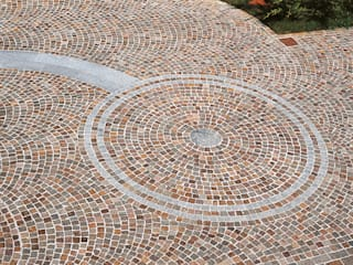 MUSTAFA STONE PROJECTS SRL Rustic style garden Red