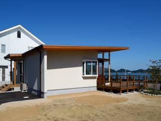玉野海辺の別荘 モダンな 家 の 青木建築設計事務所 モダン