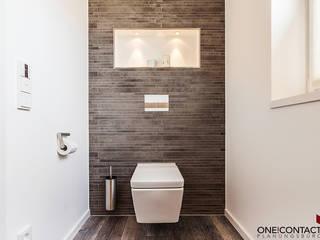 Salle de bains de style  par ONE!CONTACT - Planungsbüro GmbH