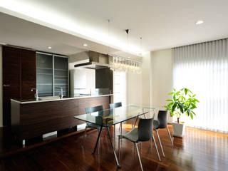 趣味の家 モダンデザインの ダイニング の 青木建築設計事務所 モダン