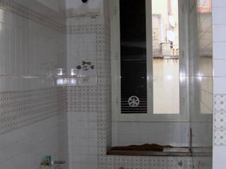 Bagno: Bagno in stile in stile Eclettico di Barbara Baldrati Architetto