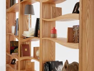 bibliothèque Joliesse:  de style  par BOIS MEUBLE CREATION