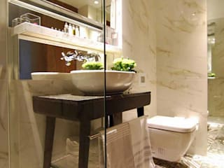 Luxury Hotel Bathroom featuring Porcel-Thin Carrara marble effect porcelain wall tiles:  Hotels by Porcel-Thin