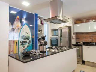 Tato Bittencourt Arquitetos Associados Кухня в стиле модерн