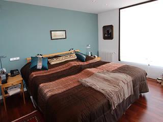 Dormitorios de estilo escandinavo de Novodeco Escandinavo