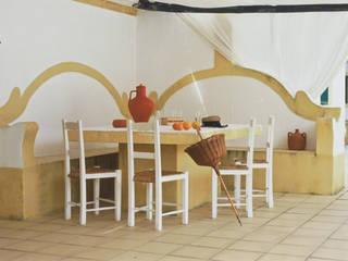 Дома в . Автор – Stoc Casa Interiores, Рустикальный