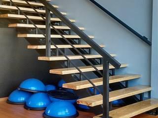 Bau-Art Taller de Arquitectura Modern Corridor, Hallway and Staircase Wood Black
