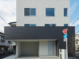 Modern houses by エトウゴウ建築設計室 Modern