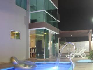 CASA ARUANA Casas modernas por TL Arquitetura e Interiores Moderno